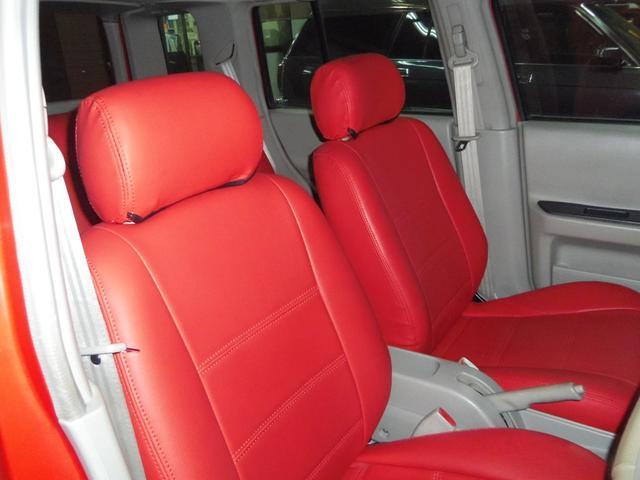 タイプL専用4WD赤革調Sカバーインテリア背面タイヤ(11枚目)