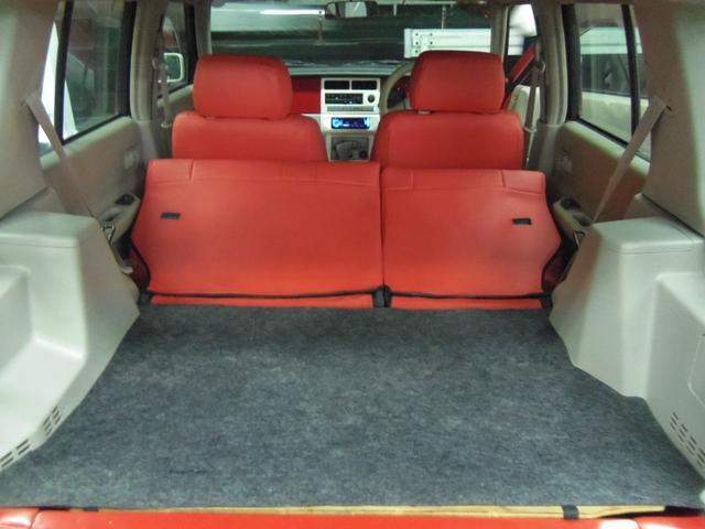 タイプL専用4WD赤革調Sカバーインテリア背面タイヤ(16枚目)