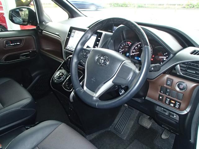 Gi後期10インチSDフルセグ後席モニター黒革S両側自動ドア(10枚目)