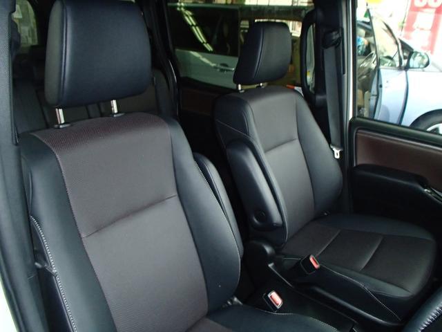 Gi後期10インチSDフルセグ後席モニター黒革S両側自動ドア(11枚目)