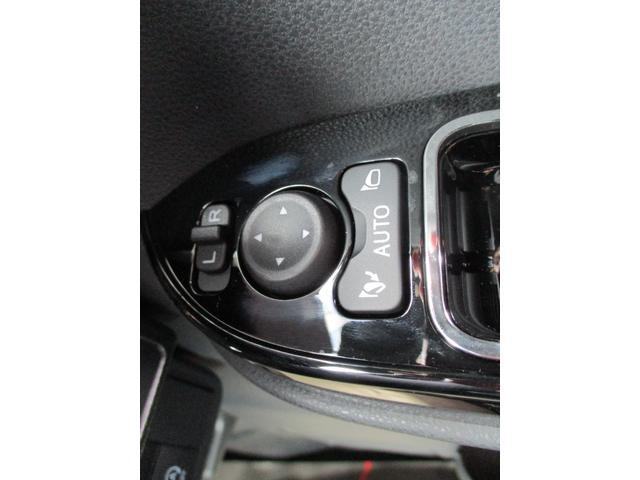 カスタムRSスタイルセレクション ターボ車 シートヒーター ミラクルオープンドア 運転席ロングスライドシート 全車速追従機能付きアダクティブクルーズコントロール レーンキープコントロール 両側電動スライドドア LEDヘッドランプ(11枚目)