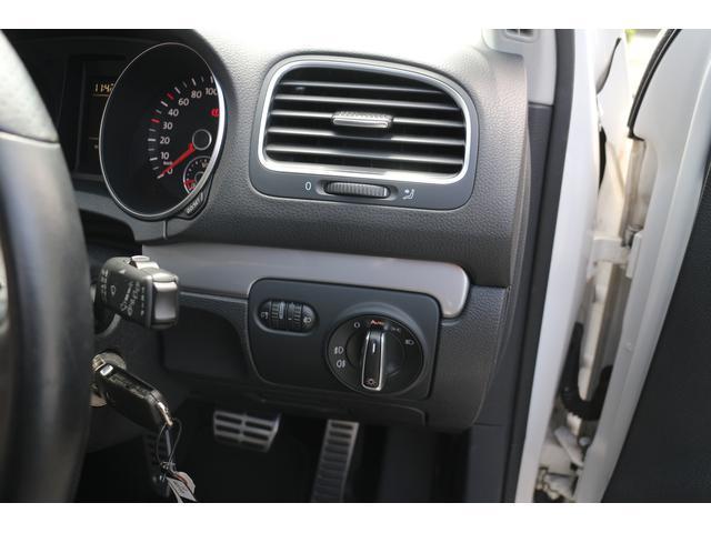 フォルクスワーゲン VW ゴルフ TSIトレンドライン R用ステアリング18AWメモリーナビ