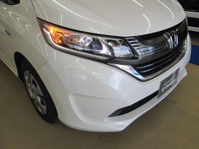 より明るく省電力 点灯忘れも防止できるオートライトコントロール機構付LEDヘッドライト装備です