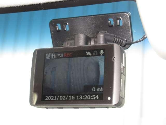 G・Lホンダセンシング 安全運転支援システム ドラレコ 純正メモリーナビ 1オーナー フルセグ Bluetooth バックカメラ 片側電動ドア LEDライト 衝突軽減ブレーキ 横滑り防止 盗難防止 ETC(8枚目)