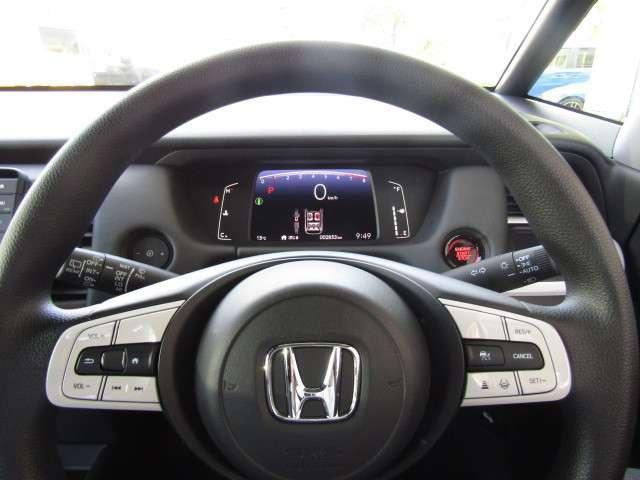 ホーム サイドエアバッグ サイドカーテンエアバッグ スマートキー 元試乗車 パーキングセンサー LEDヘッドライト フルオートエアコン 渋滞追従機能付ACC 誤発進抑制機能(前後)(8枚目)