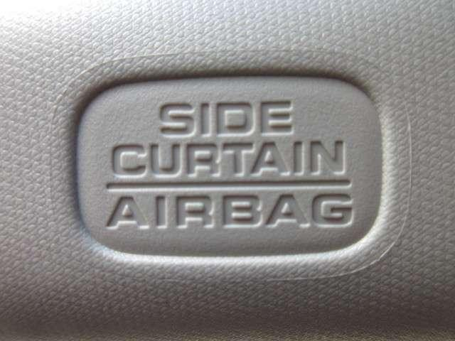 ハイブリッドZ・ホンダセンシング 1オーナー  禁煙車 安全運転支援S 純正Mナビ フルセグ Rカメラ ETC LEDライト 衝突軽減B サイドSRS シートヒーター パドルシフト 横滑防止 盗難防止 アルミホイール(13枚目)