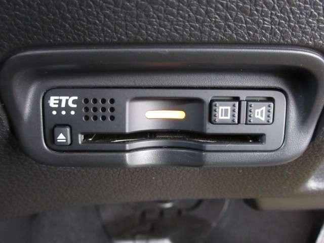ハイブリッドZ・ホンダセンシング 1オーナー 禁煙車 安全運転支援S 純正Mナビ Rカメラ フルセグ 純正ドラレコ ETC 衝突被害軽減B サイドSRS LEDライト スマートキー シートヒーター(13枚目)