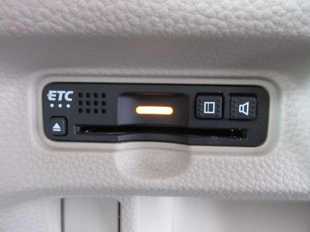 G・Lホンダセンシング 禁煙車 1オーナー 安全運転支援S 純正8インチナビ フルセグ Rカメラ ドラレコ ETC 音楽録音 衝突被害軽減B スマートキー LEDライト ロールサンシェード 充電用USBジャック(11枚目)