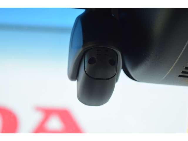 G・Lホンダセンシング 衝突軽減ブレーキ 8インインターチナビ Rカメラ フルセグTV 前後ドラレコ(6枚目)