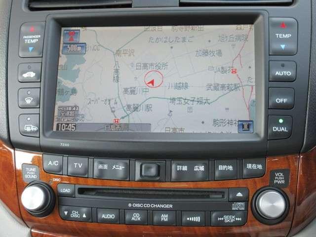 ナビゲーションは、ホンダ純正HDDナビが付いております。土地勘の無い所でも道に迷わず安心ですね!ドライブが一層楽しくなります!