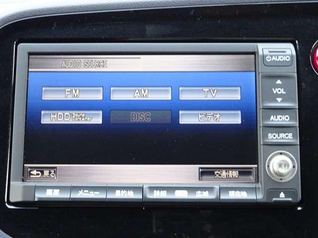 ナビゲーションは純正HDDナビが装着されております。AM/FM/CD/DVD再生/音楽録音再生/フルセグTVがご利用いただけます。