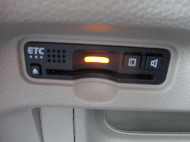 G・Lホンダセンシング 試乗車UP 禁煙車 安全運転支援SYS 純正8インチメモリーナビ Bluetooth 音楽録音機能 フルセグ Rカメラ ETC LEDヘッドライト 両側電動スライドドア リヤ席シートスライド(14枚目)