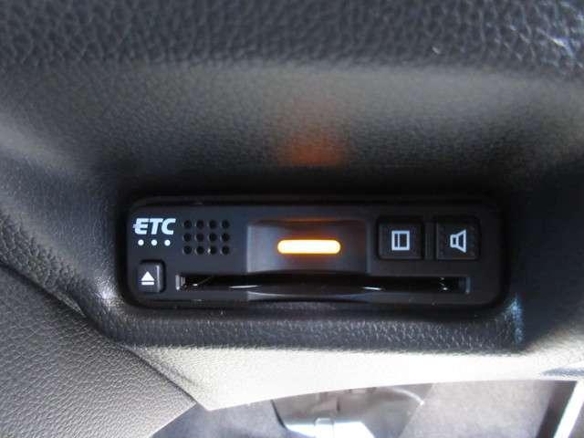 F 当社試乗車 禁煙車 純正メモリーナビ フルセグTV リアカメラ Bluetooth ETC(10枚目)