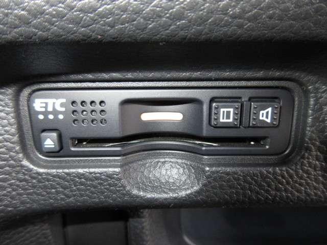G・Lホンダセンシング 純正メモリーナビ フルセグTV Bluetooth ETC Rカメラ LEDヘッドライト 片側電動スライドドア サイドカーテンエアバック クルーズコントロール 14インチアルミホイール(11枚目)