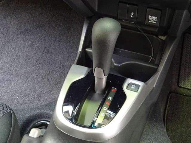 13G・L ホンダセンシング 当社展示車フルセグメモリーナビ(11枚目)