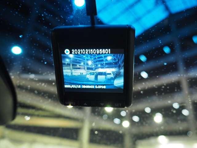 ハイブリッドアブソルート・ホンダセンシングEXパック ワンオーナードラレコメモリーナビRカメラ(2枚目)