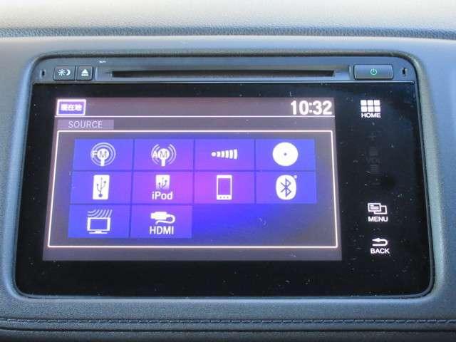 ナビゲーションは純正メモリーナビが装着されております。AM/FM/CD/DVD再生/フルセグTV/インターナビがご利用いただけます。