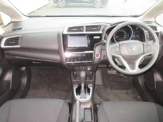 13G・L ホンダセンシング 試乗車UP 3年保証 禁煙車 純正メモリーナビ Bluetooth対応 フルセグ リヤカメラ ETC LEDヘッドライト ワンオーナー車(10枚目)
