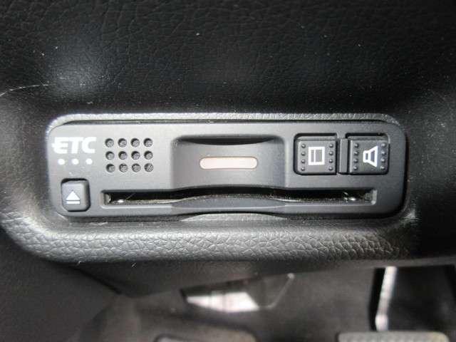 13G・L ホンダセンシング 試乗車UP 3年保証 禁煙車 純正メモリーナビ Bluetooth対応 フルセグ リヤカメラ ETC LEDヘッドライト ワンオーナー車(11枚目)