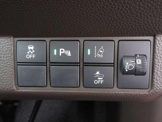 L・ターボホンダセンシング ・・・元当社試乗車/純正8インチナビ/フルセグ/ETC/DVD・CD再生/バックカメラ/LEDヘッドライト/セキュリティーアラーム/スマートキー/シートヒーター(13枚目)