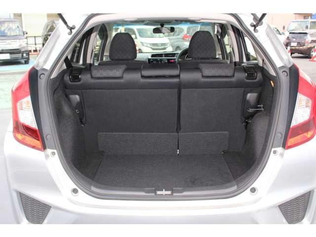 13G・Fパッケージ コンフォートエディション スマキー ETC HID シートヒーター ETC シートヒーター スマートキー CD 横滑り防止 ABS(8枚目)