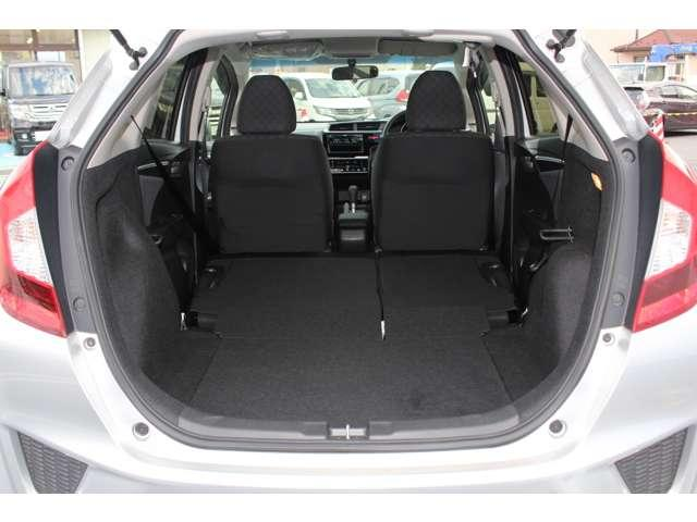 13G・Fパッケージ コンフォートエディション スマキー ETC HID シートヒーター ETC シートヒーター スマートキー CD 横滑り防止 ABS(9枚目)