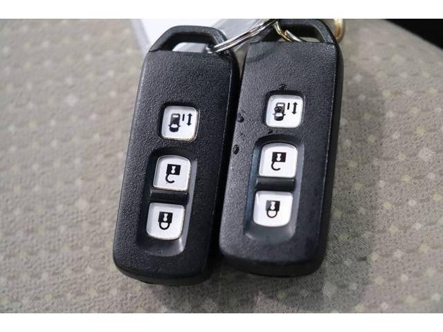 G・Lパッケージ 両側スライド片側電動ドア スマートキー(12枚目)