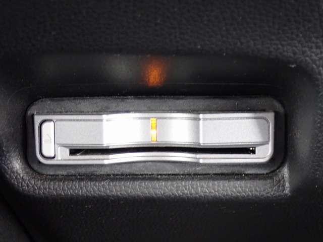 Lパッケージ エキストラサイズナビ DVD再生 バックカメラ ETC あんしんPKG 衝突軽減ブレーキ LEDヘッドライト ワンオーナー スマートキー(14枚目)