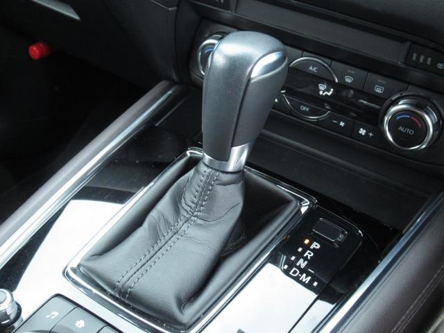2.2 XD ディーゼルターボ 4WD マツコネフルセグ 360°ビュー 6人乗り リアモニター付き(16枚目)