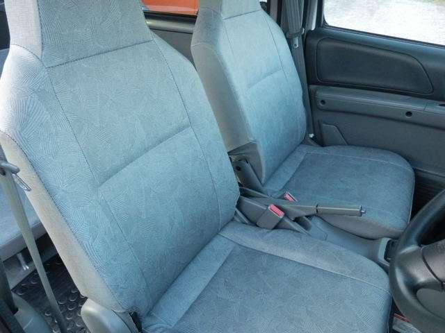 日産 NV100クリッパーバン DX キーレス パワーウインドゥ プライバシーガラス CD