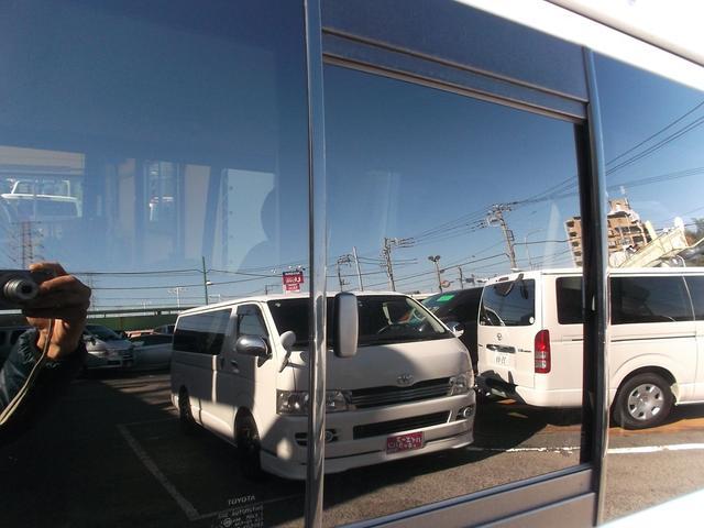 トヨタ ハイエースバン スーパーGL3型ナビTVBカメラ前後エアロHID黒革1オナ