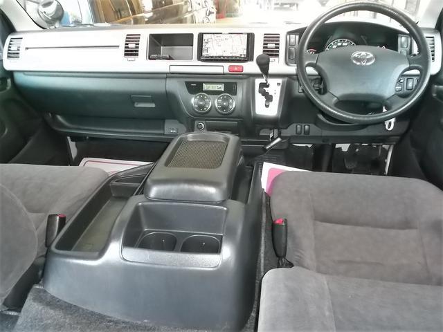 トヨタ ハイエースワゴン GL3型1オナナビTVエアロHIDAW自動ドアセキュリティ