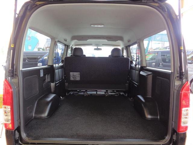 ロングワイドスーパーGL 4型ダークプライム4WD6AT1オーナー禁煙車SDフルセグバックカメラ両側電動ドアスマートキーセキュリティーエアロLEDライト専用レザー&黒木目インテリアWエアバック(10枚目)