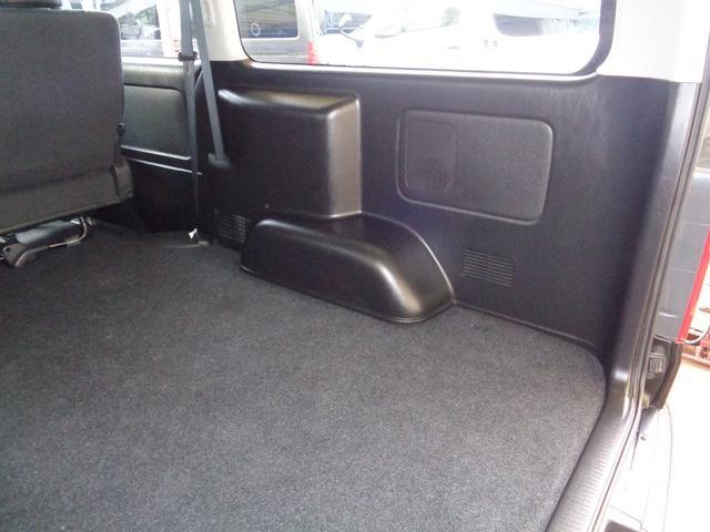 ロングワイドスーパーGL 4型ダークプライム4WD6AT1オーナー禁煙車SDフルセグバックカメラ両側電動ドアスマートキーセキュリティーエアロLEDライト専用レザー&黒木目インテリアWエアバック(63枚目)