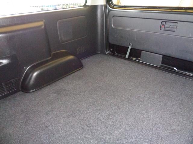 ロングワイドスーパーGL 4型ダークプライム4WD6AT1オーナー禁煙車SDフルセグバックカメラ両側電動ドアスマートキーセキュリティーエアロLEDライト専用レザー&黒木目インテリアWエアバック(65枚目)