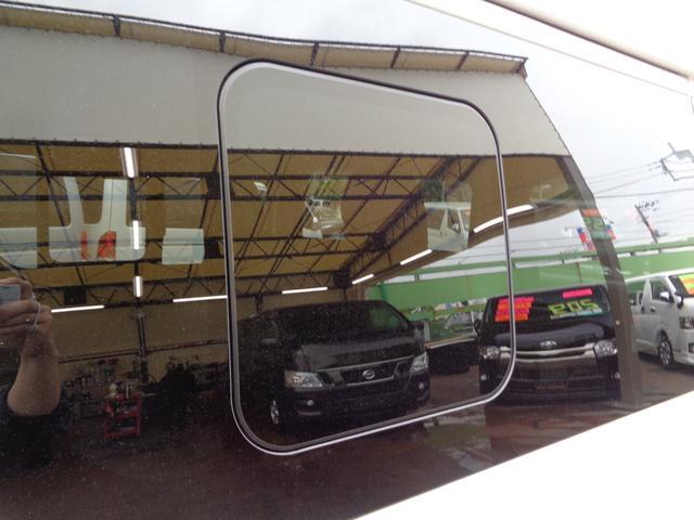 ロングワイドスーパーGL 5型2.8ディーゼルターボ6速ATセーフティーセンス1オーナー禁煙車ナビTVバックカメラセキュリティーETCスマートキーエアロLEDライト黒革調シートAC100Vスライド窓(38枚目)