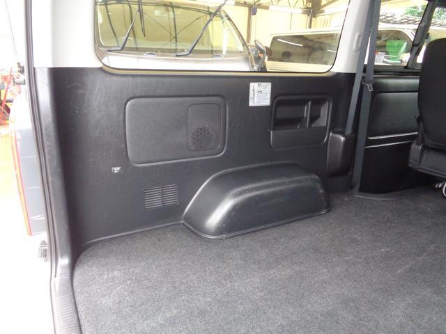ロングワイドスーパーGL 5型2.8ディーゼルターボ6速ATセーフティーセンス1オーナー禁煙車ナビTVバックカメラセキュリティーETCスマートキーエアロLEDライト黒革調シートAC100Vスライド窓(61枚目)