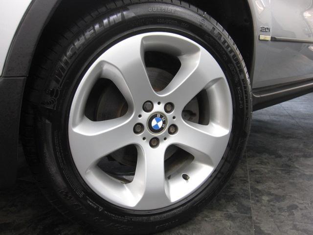BMW BMW X5 3.0i スポーツPKG バンパー同色 本革シート 純正ナビ