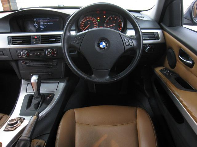 BMW BMW 320iツーリング ハイライン 本革HDDナビコンフォートA