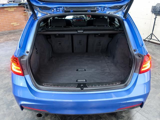 BMW BMW 320iツーリングMスポーツDアシストプラス1オナナビHUD