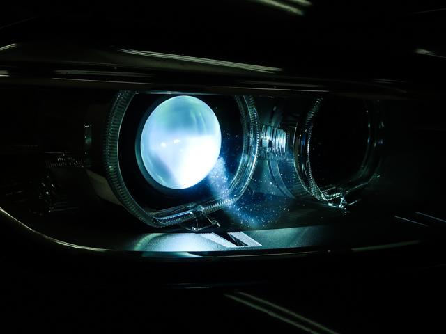320dブルーパフォーマンス ラグジュアリー 黒革HDDナビ(9枚目)