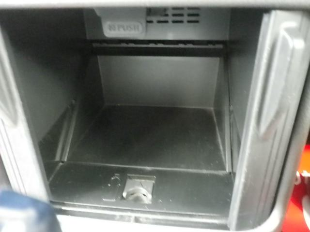 S 4WD ワンオーナー 記録簿 HDD シートヒーター(12枚目)