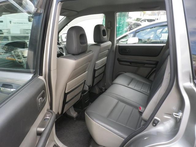 S 4WD ワンオーナー 記録簿 HDD シートヒーター(19枚目)