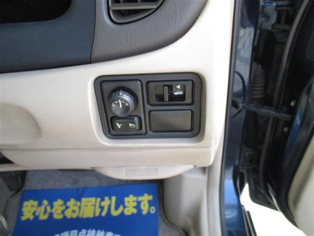 日産 ブルーバードシルフィ 18Vi Gパッケージ ポータブルナビワンセグ付キーレス