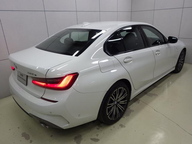 330e Mスポーツ ハイラインパッケージ 正規認定中古車(9枚目)
