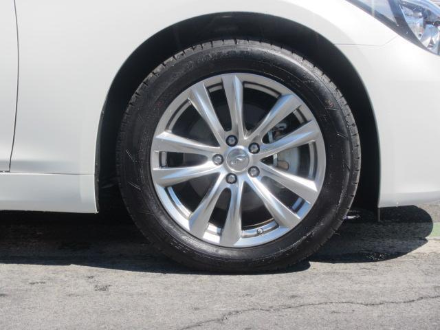 タイヤサイズ:245/50R18