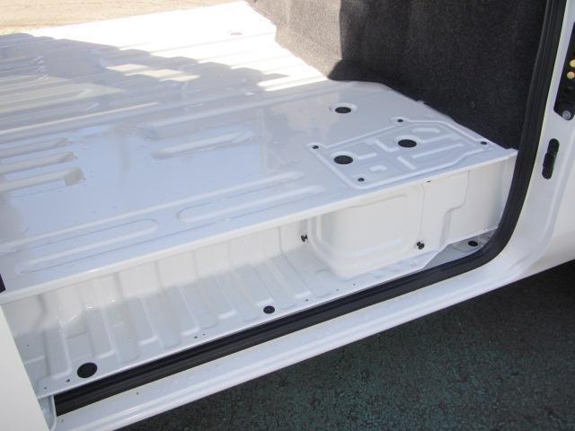 スーパーロングDX 4WD 輸送中損傷車修理済み(13枚目)