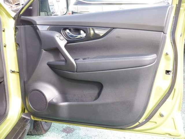 「日産」「エクストレイル」「SUV・クロカン」「神奈川県」の中古車12