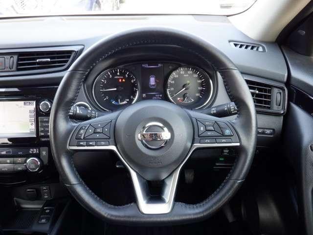 プロパイロット:車の方で車速の維持、車間の調整、車線の保持を補助してくれます。