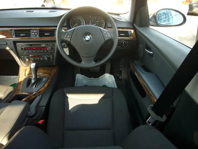 BMW BMW 323i キセノン ドア照明 ウッドパネル
